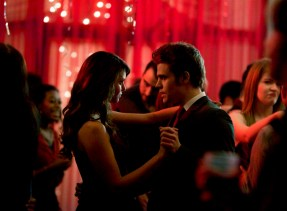 TVD 5x13 Total Eclipse of the Heart - Stefan & Katherine/Elena
