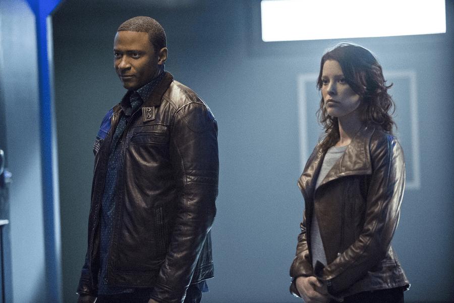 Arrow - S02E16 - Diggle et Lyla