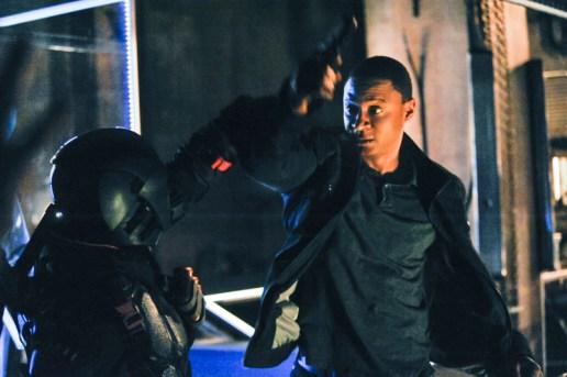 Arrow - S02E19 - Diggle vs Deathstroke