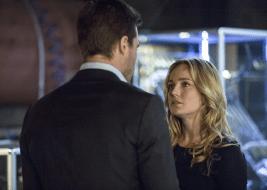 Arrow - S02E20 - Oliver et Sara 2