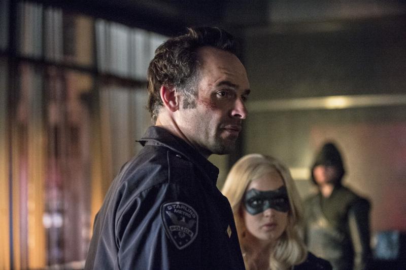 Arrow - S02E23 - Quentin Lance