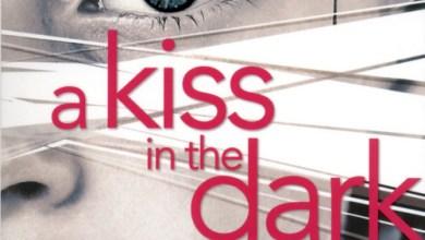Photo of A Kiss in the Dark de Cat Clarke