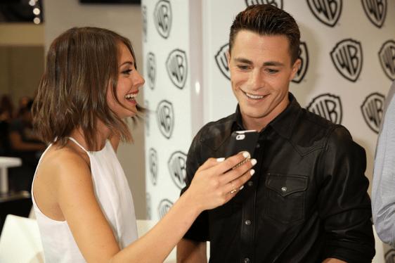 Arrow Comic-Con - Willa Holland et Colton Haynes