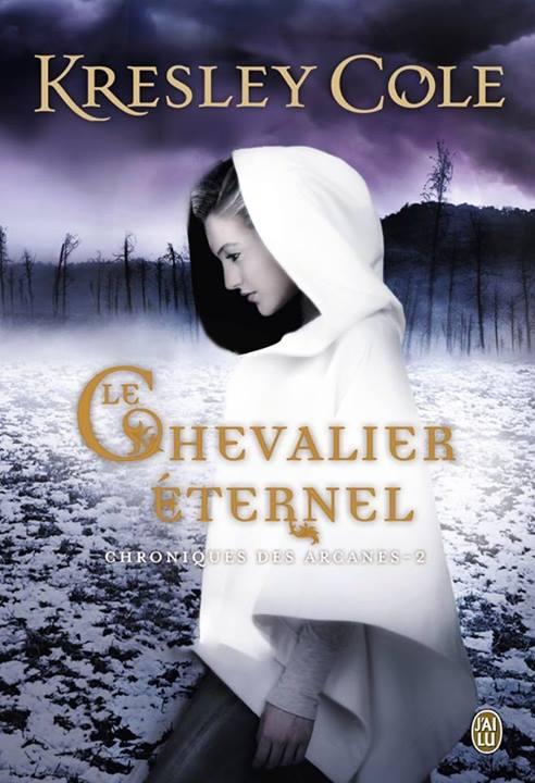 Chronique du roman : http://songedunenuitdete.com/2014/08/29/le-chevalier-eternel-de-kresley-cole/