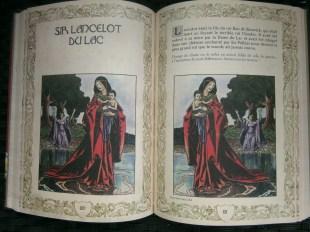 marabout-grand-livre-des-enigmes-roi-arthur2