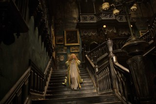 Crimson Peak - Allerdale Hall entrée Edith
