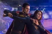 Supergirl S2 - Superman VS Supergirl