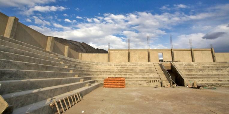 PN TOROTORO / Le village : un énième stade-arène construit sous l'ère Morales et inauguré à quelques mois de la prochaine éléction…