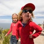 LAC TITICACA / Ellie et Anna sur l'ile de Taquilé