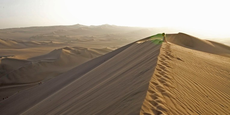ICA / Coucher du soleil depuis la plus haute dune de l'oasis