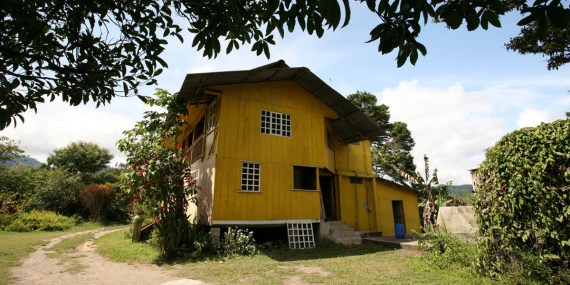 MINDO / Hosteria San Vincente (Yellow House) un petit paradis pour les amoureux de nature