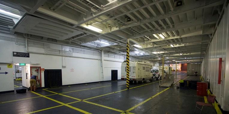 CARTAGENA / Traversée FerryXpress : trois véhicules dans une soute qui pourrait en compter 500