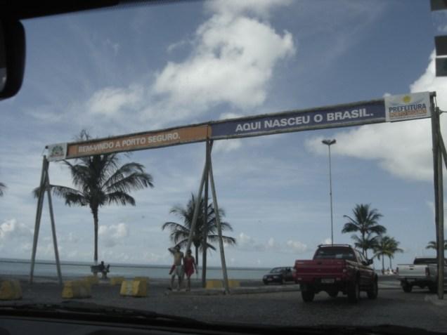 0907-aqui-nasceu-o-brasil-centro-de-porto-seguro