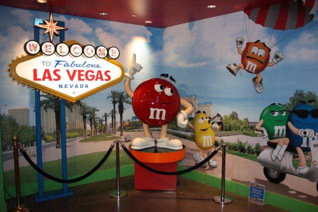 2629 9 dia Nevada Las Vegas Strip - M&M Store