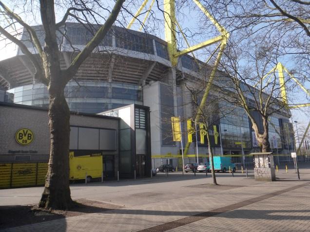 Signal Iduna Park, a casa do time alemão, Borussia Dortmund.