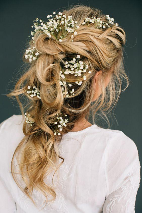 Penteados-para-festas-15-anos-2017-com-flores