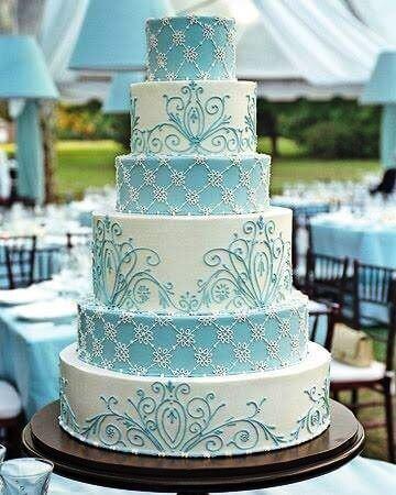 bolo-de-15-anos-azul-e-branco-6-andares