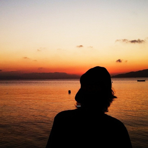 Fotografias-feitas-ao-pôr-do-sol-para-se-inspirar-garoto