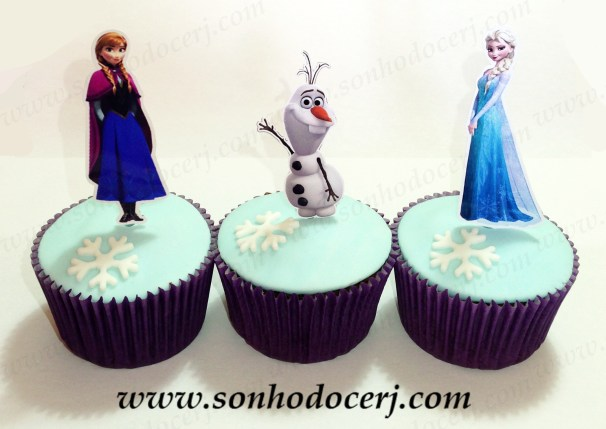 blog_cupcakes_frozen_52892