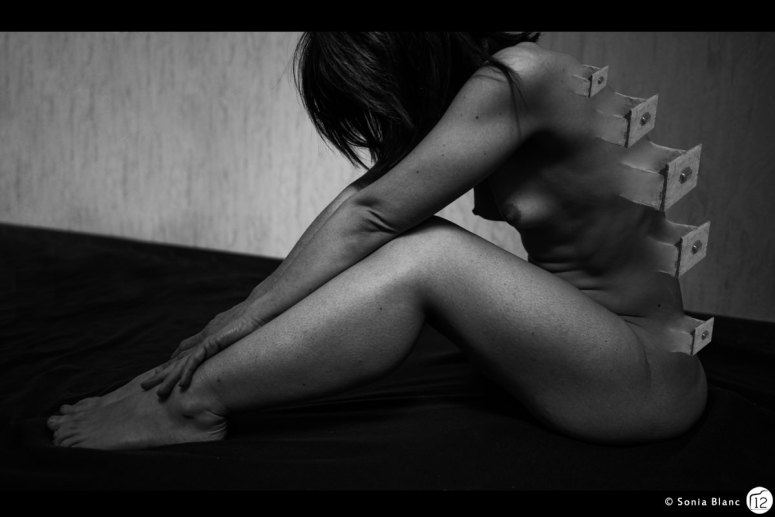 la femme aux tiroirs - sonia blanc