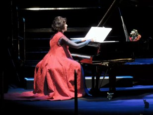 2017'VII'4. Teatro Real de Madrid. Estreno de Somos Naturaleza - Gea 3 (foto: Ela R que R)