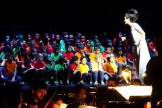 2017'VII'4. Teatro Real de Madrid. Estreno de Somos Naturaleza - Luna y coro