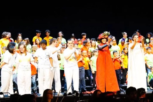 2017'VII'4. Teatro Real de Madrid. Estreno de Somos Naturaleza - saludos 2