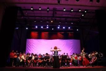 2015'V. Dirigiendo música náhuat-pipil en El Salvador. Foto 2