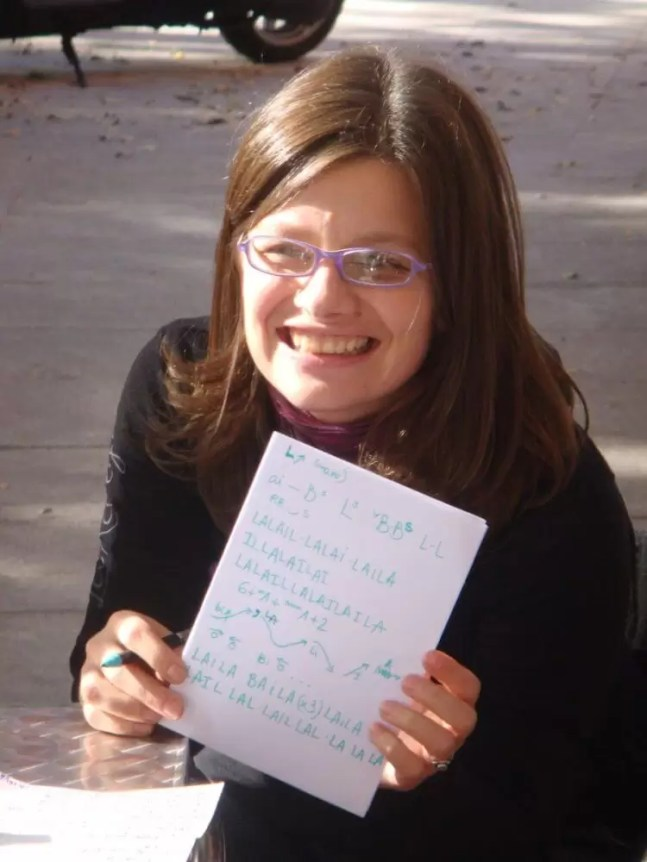 2008'X'23. Estreno de 'LBaila'. Patricia con su partitura artesanal