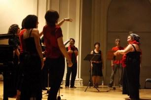 2010'VI'26. Concierto monográfico en Alcalá - Coro VocesBravasLab, dirigido por Marián Piquero, interpreta 'Bravo, Voces'
