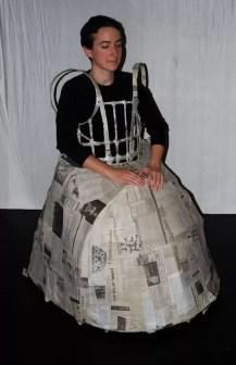 2011'IV'24. 'Triangle' en el NYU Black Box Theater - uno de los trajes de Kathy Bruce