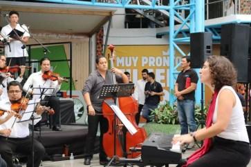2017'II'21. San Salvador. Concierto en el Mercado Cuscatlán - 5 - Mmmm