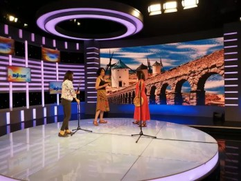 2017'V. Beijing. Dúa de Pel recording at the CCTV - tv set 2