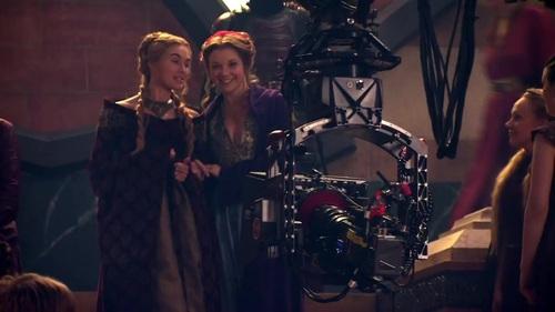 Cersei Lannister y Margaery Tyrell (Lena Headey y Natalie Dormer)