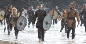 vikings_gallery_beach_still1_300px (1)