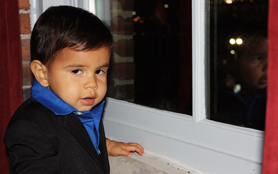 Little boy in suit sample picture from SonicGrifMedia
