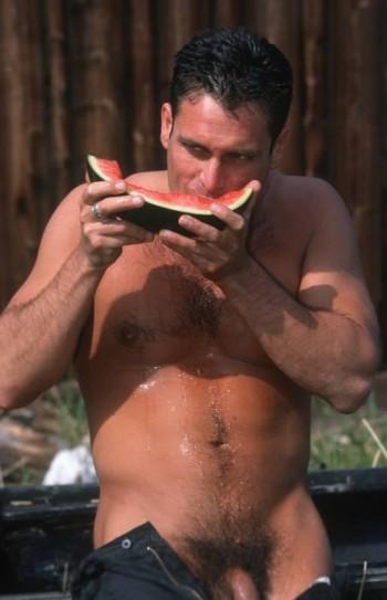 En melon blir saftigt som en fitta