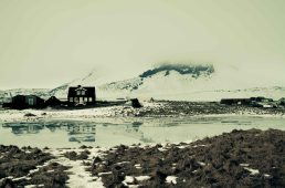 Haus, Spiegelung, Arnastapi, Winter, See, lake