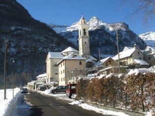 Chiesa_di_Santa_Maria_Lauretana_inverno