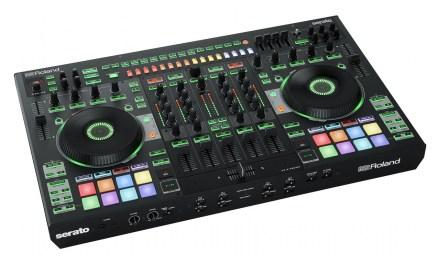 Roland DJ-808 / Serato DJ