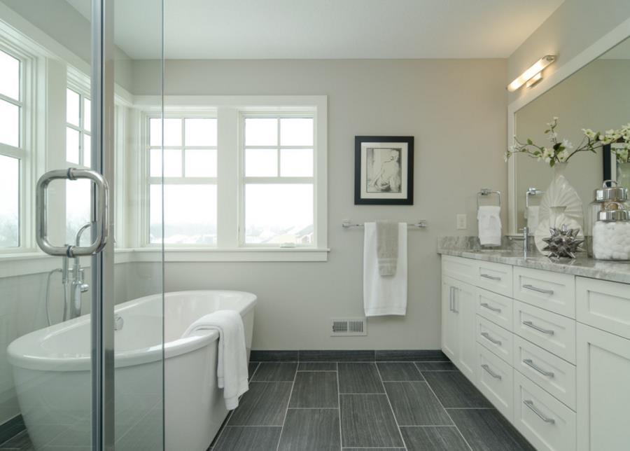 7 Time Saving Tips For A Spotless Germ-Free Bathroom
