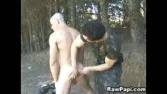 Soldado gostoso comendo gay safado