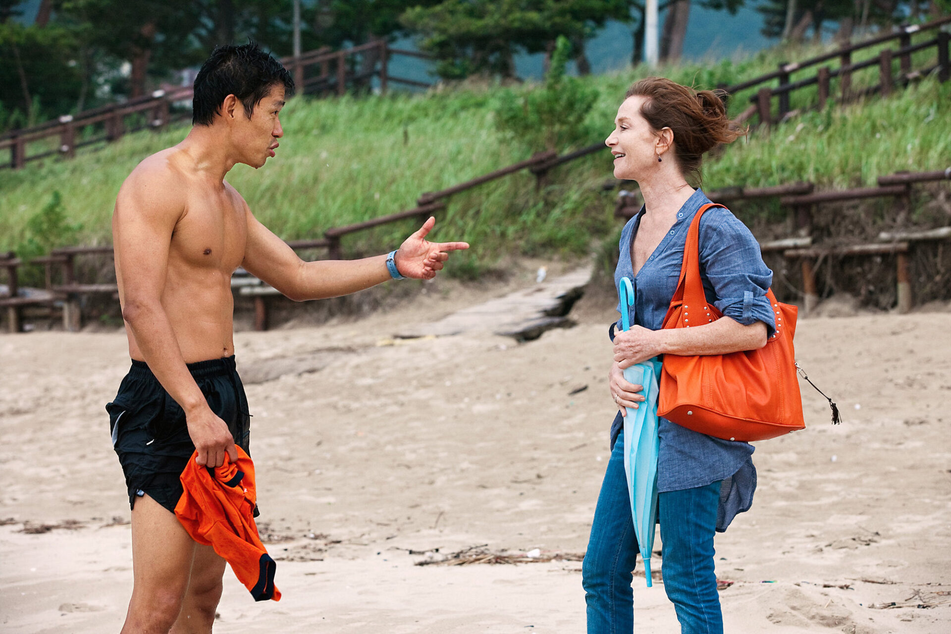 In Another Country - Phim 'ba trong một' của Hong Sang-soo