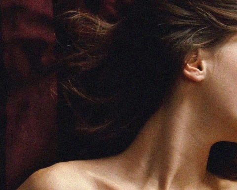Review phim 'Young And Beautiful' của François Ozon