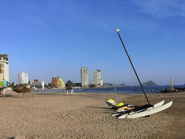 Vigilan playas