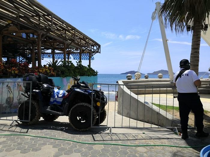 Mazatlán beaches are saturated
