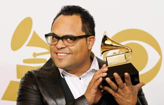 Israel Houghton - Hosanna (Be Lifted Higher) Free Mp3 Download