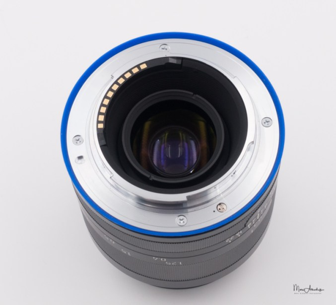 Zeiss Loxia 35F2-011