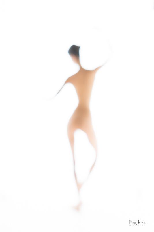 Luna Lopez 2016-09 Giacometti Style-014