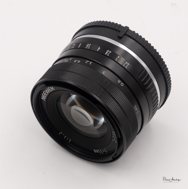Neewer 35mm F1.2-3